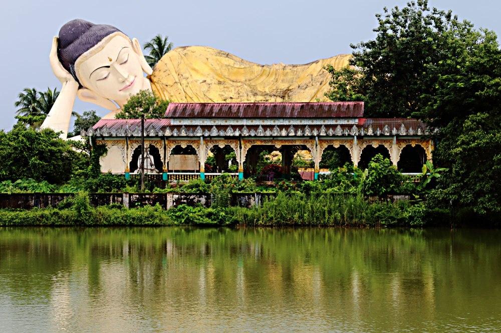 Buda reclinado de Bago.